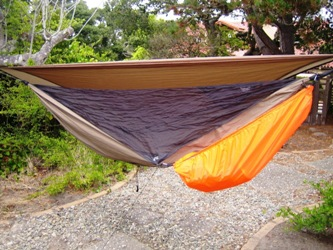 hennessy bp ul a sym has attached bug   the orange piece is the pack cover   gear hammock just jeff u0027s hammock camping page  rh   tothewoods